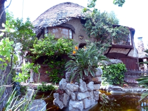 Culver City Hobbit House2